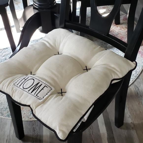 Rae Dunn HOME & LOVE Seat Cushions (6)